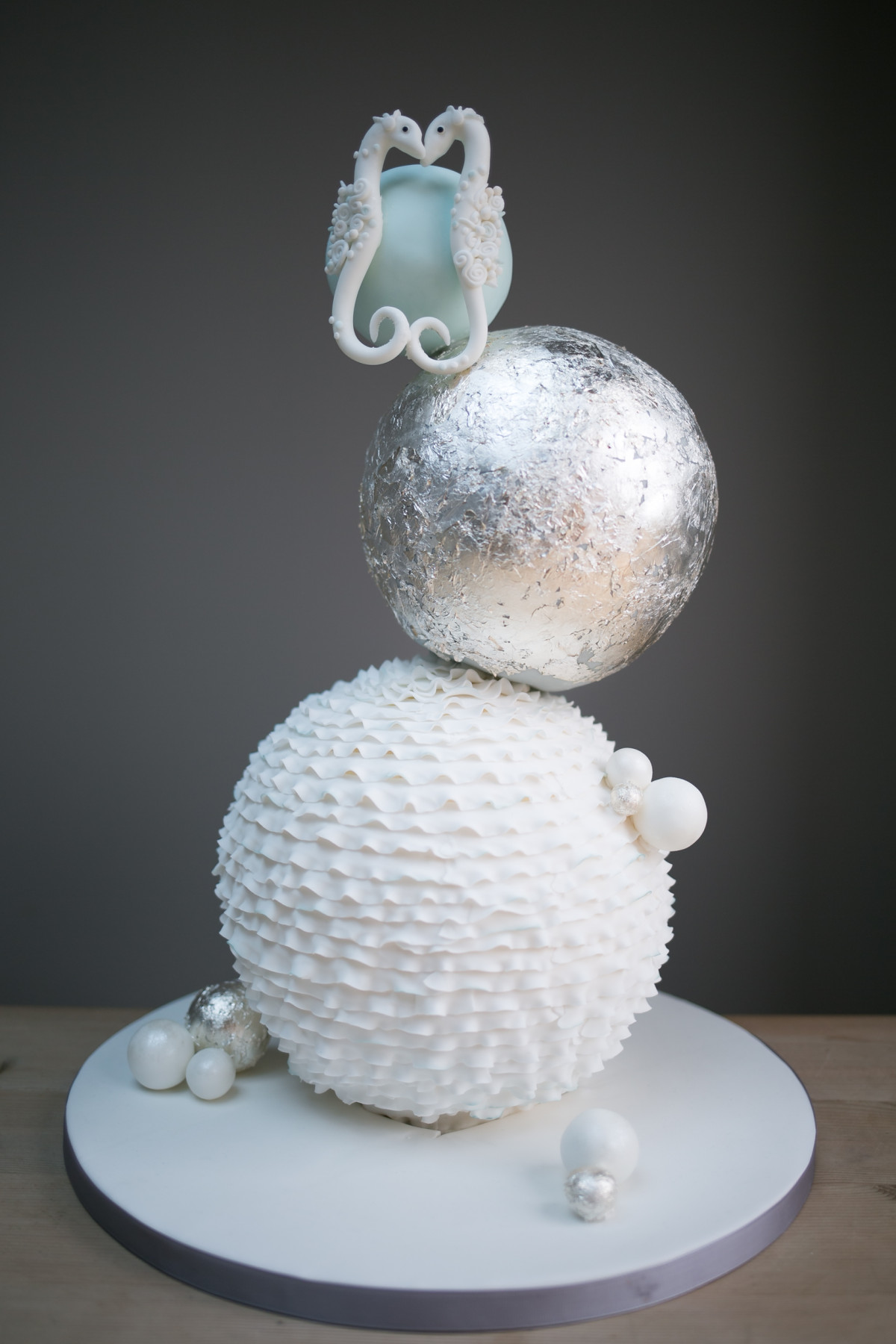 Wedding Cakes Cake By Chloe Henley On Thames - Sphere Wedding Cake