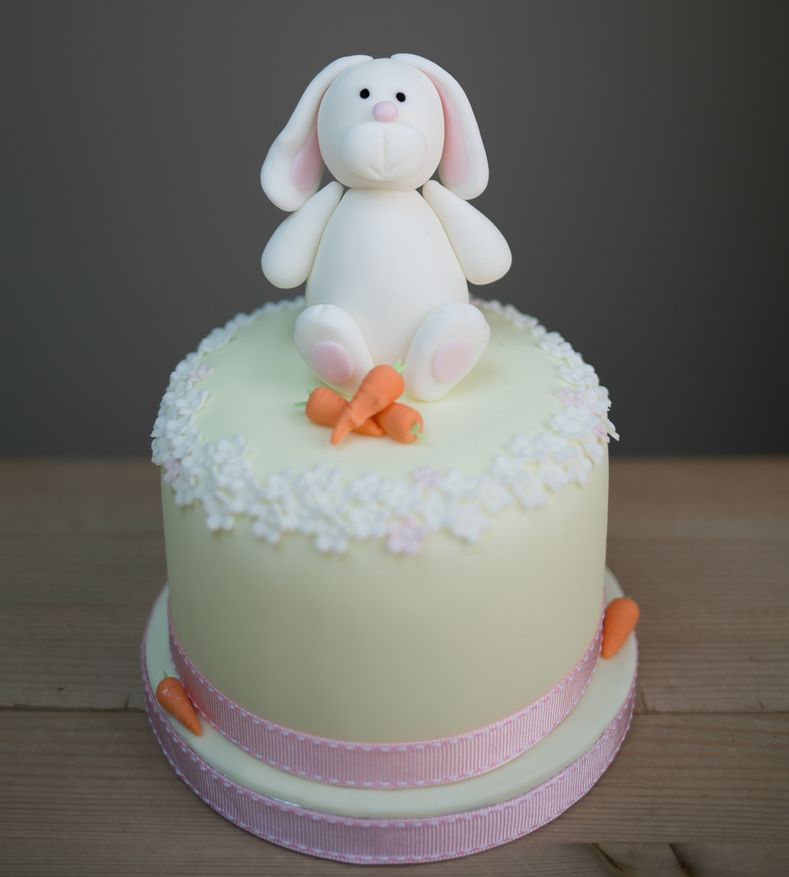 easter cake decorations easter bunny cake decorating class cake by 3787